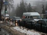 На центральных улицах Курска запретили оставлять машины на ночь